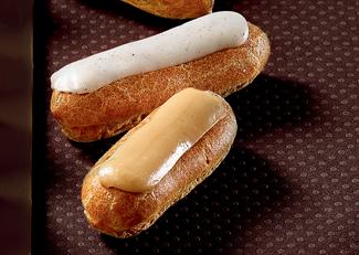 32 French Mini Éclairs Pâtissiers